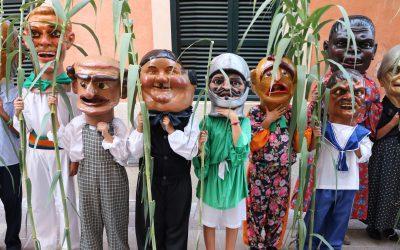 Els nins i nines del municipi posen nom i creen llegendes per als caparrots de Felanitx